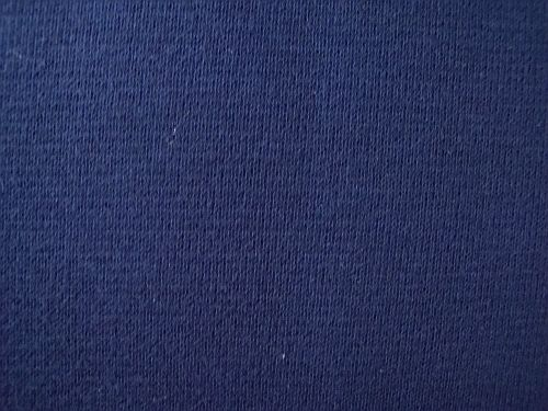 Broňa - tm. modrý úplet