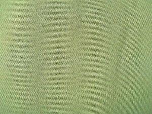Chuanita - hráškově zelená látka