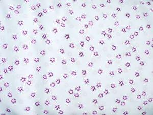 Dona - bílá s fialovým vzorem hvězdička