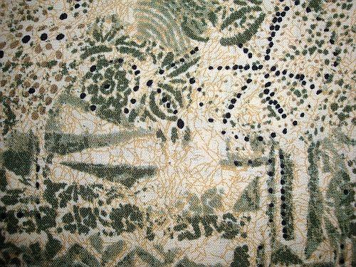Šatovka - béžová se zeleným vzorem