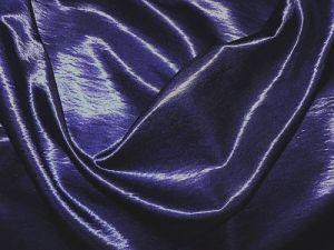 Kala - tm. modrá látka s leskem