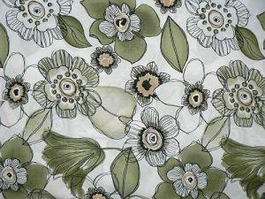 Květuška - zelená šatovka vzor