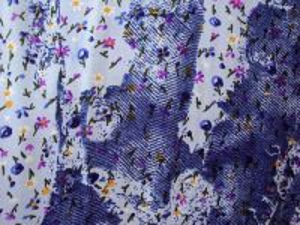 Lorinka -modrá kvítek vzor