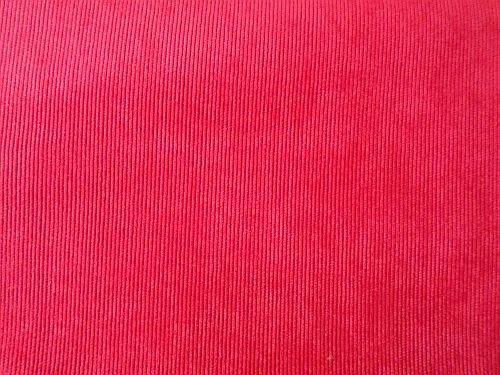 Márinka - červený manžestr nylon