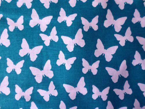 Motýli - modrobílá bavlna Česká výroba