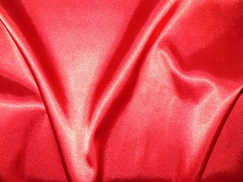 Světlana - červený elastický satén