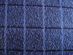 Buklé - tmavá modrá kostka
