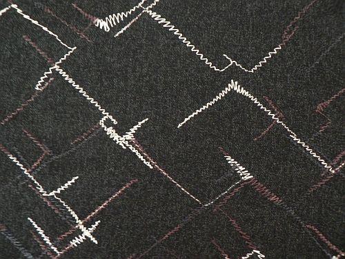Denisa - černá kostýmová látka s výšivkou