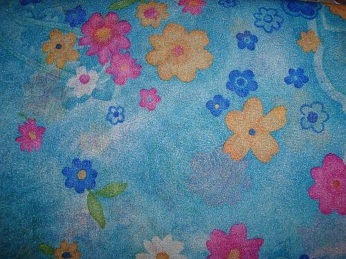 a62ace1a7e07 Isabela - modrá elastická látka vzor
