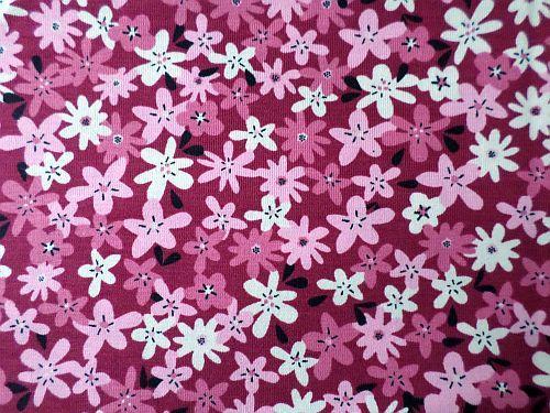 Květinka - růžovofialkový úplet s květy