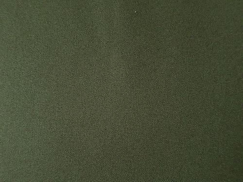 Madla - tm. zelená kostýmová látka