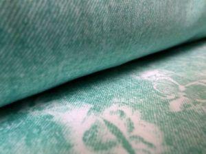 Ofélie - zelená šatovka se vzorem