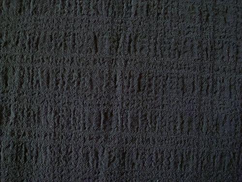 Vilemína - černá krešovaná halenková látka