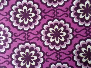 Fancy - růžová bavlněná látka se vzorem