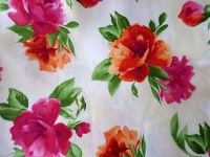 Paradise - smetanová bavlna s květy