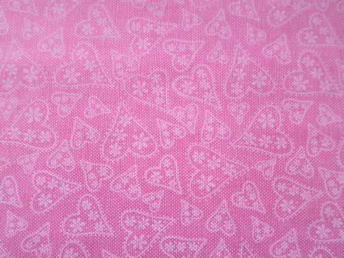 Růžová bavlna - plátno s krajkovými srdíčky