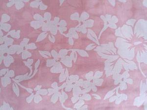 Arabela - růžová jemná látka s květy