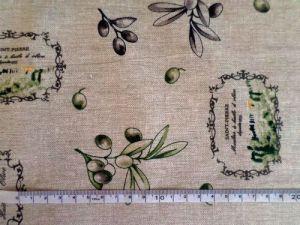 Režná bavlněná látka s olivami-porovnání velikosti