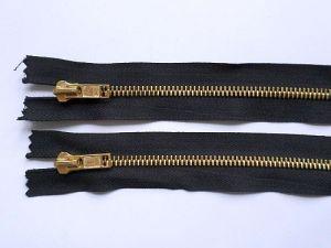 Zip riflový 20 cm - černý